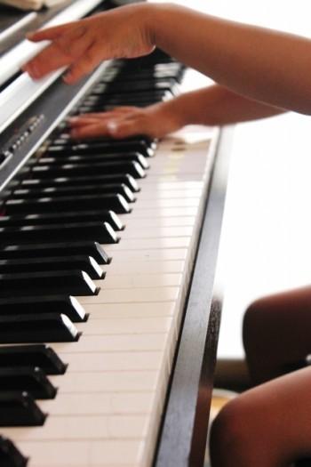 初めての習い事は「ピアノ」がおすすめな理由.東大生の半数以上!.jpg
